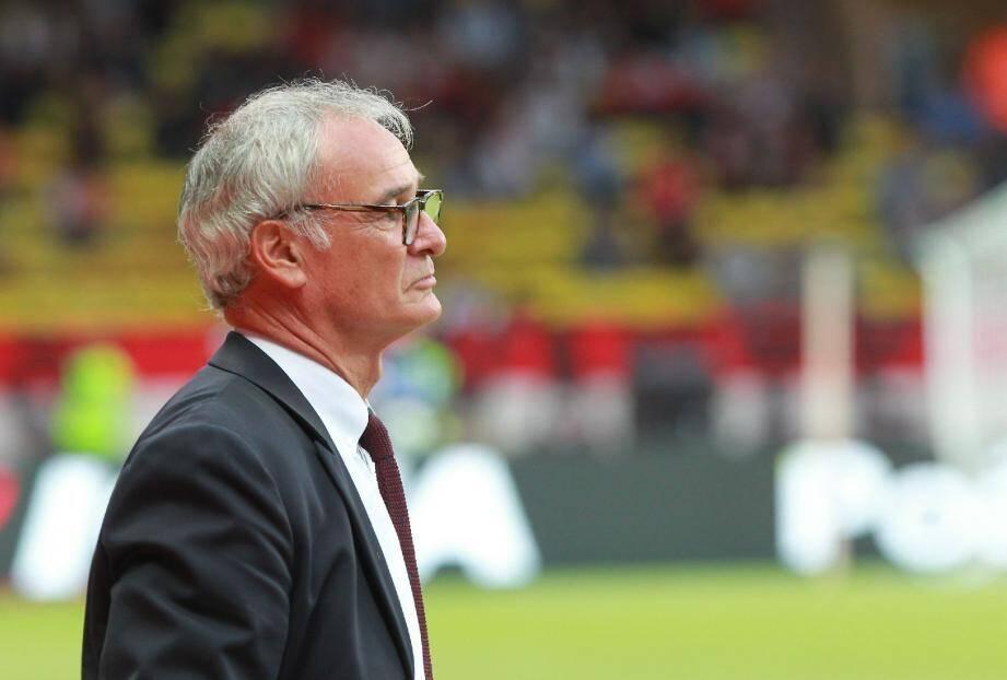 Même si la photo ne reflète pas sa « joie », Claudio Ranieri est un coach monégasque heureux.