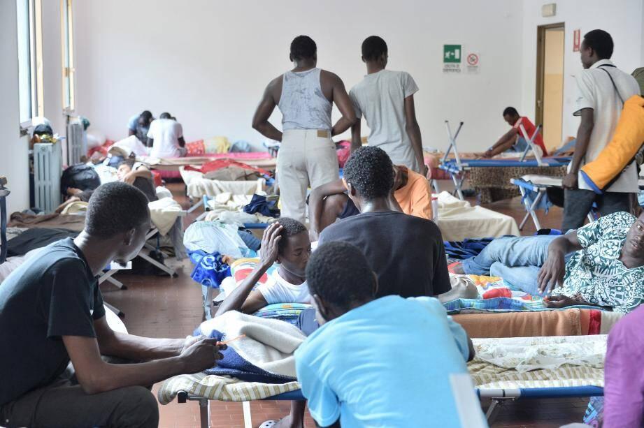 En juillet dernier, le centre accueillait plus de deux cents réfugiés chaque jour.