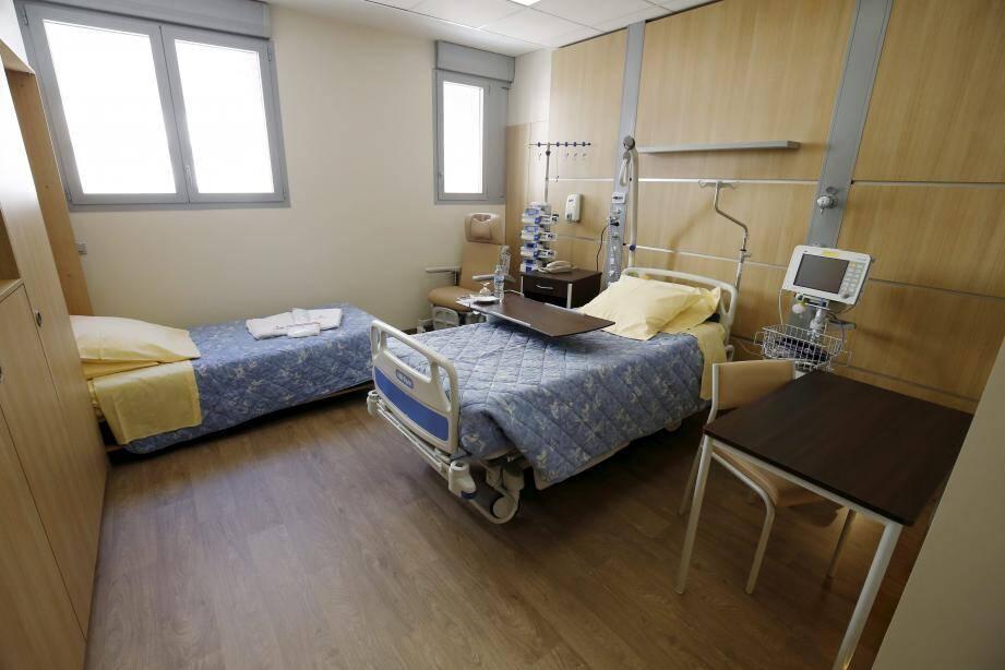 Les patients pourront profiter au maximum de leur famille, un lit supplémentaire étant même prévu dans chaque chambre. De même qu'un grand et lumineux espace de vie partagé.