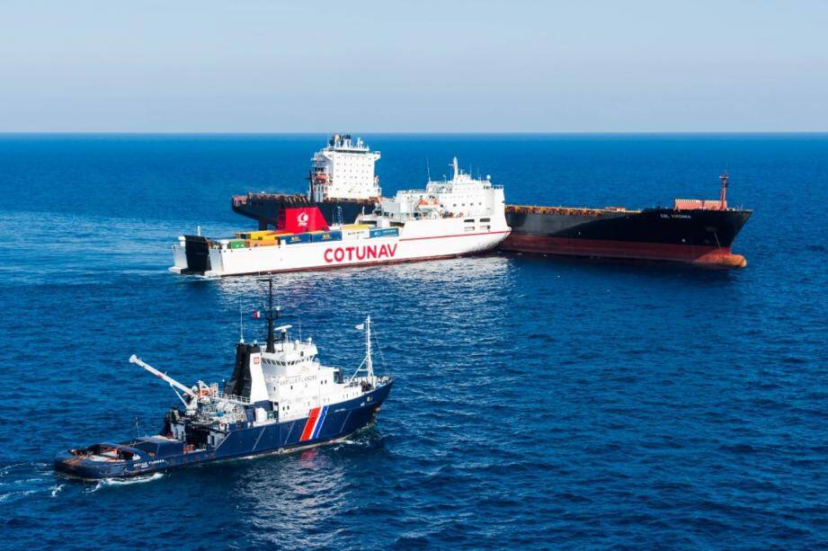 Le 7octobre, deux navires entraient en collision au large du cap Corse.                        Dix jours plus tard, des nappes d'hydrocarbures venaient souiller les plages du Golfe de Saint-Tropez avant de se répandre.