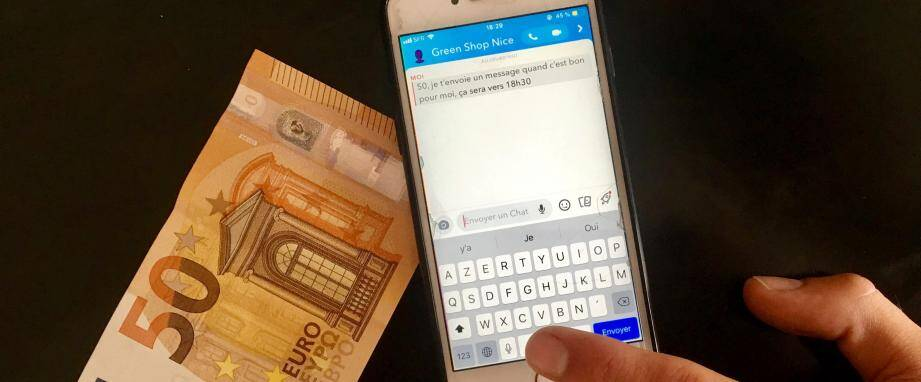 Ils disparaissent dès qu'ils ont été vus: quelques messages instantanés sur Snapchat suffisent pour se fournir de la marijuana à Nice. malgré un contre-temps , notre témoin a été livré en un après-midi.