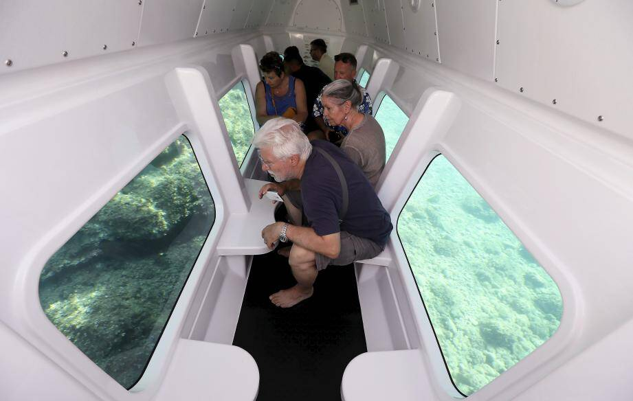 Les passagers sont confortablement installés pour profiter d'une vue sans pareil.
