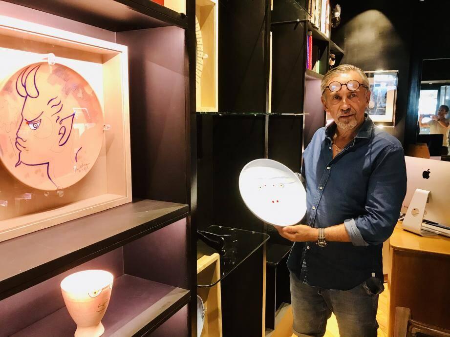 Didier Calvo, dans sa galerie