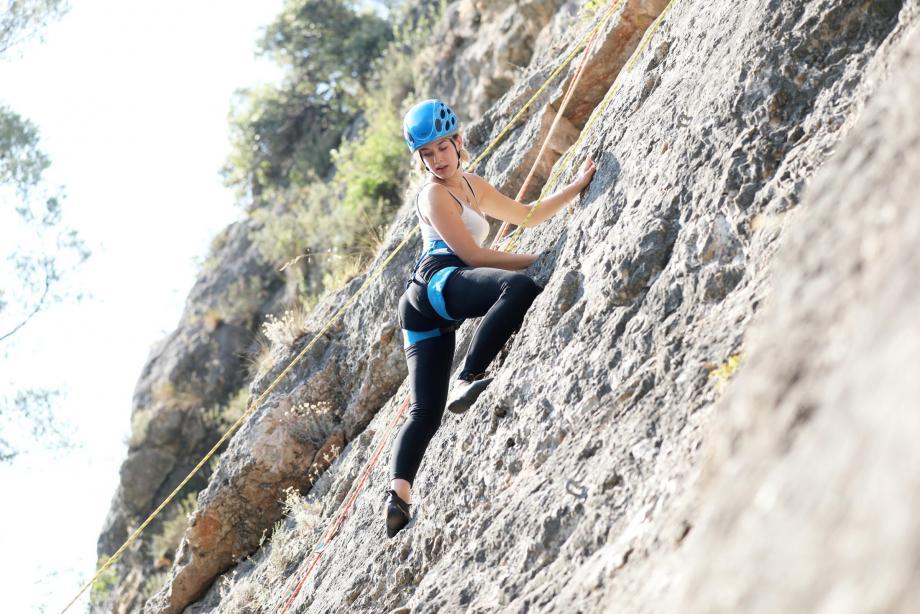L'amatrice d'escalade que je suis n'aura réussi à grimper que trois petits mètres en 20 minutes... Avant de retrouver un peu d'assurance.