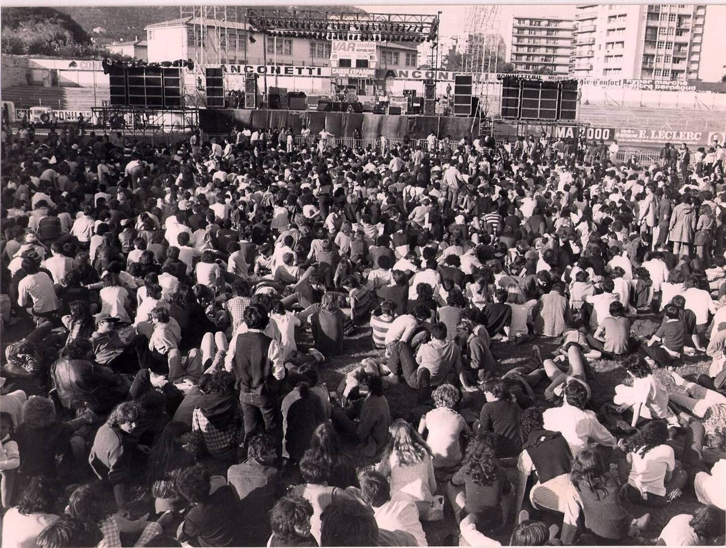 22.000 personnes ont rejoint ce jour-là le stade Mayol