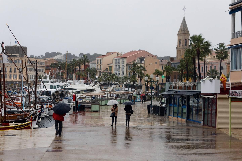 De la pluie sur Sanary-sur-Mer (illustration).