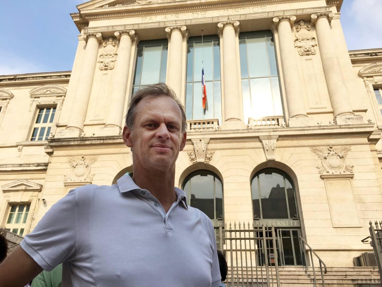 Avec l'agriculteur de Breil-sur-Roya Cédric Herrou, Pierre-Alain Mannoni fait partie des premiers militants poursuivis par les autorités à partir de 2016 pour l'aide apportée à des migrants à la frontière italienne.