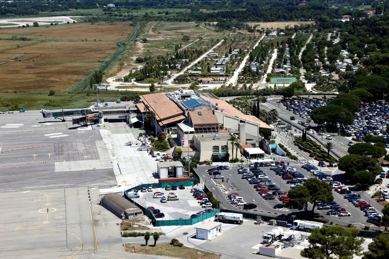 La base aéronavale d'Hyères, où est prévu ce mercredi un exercice de grande ampleur.