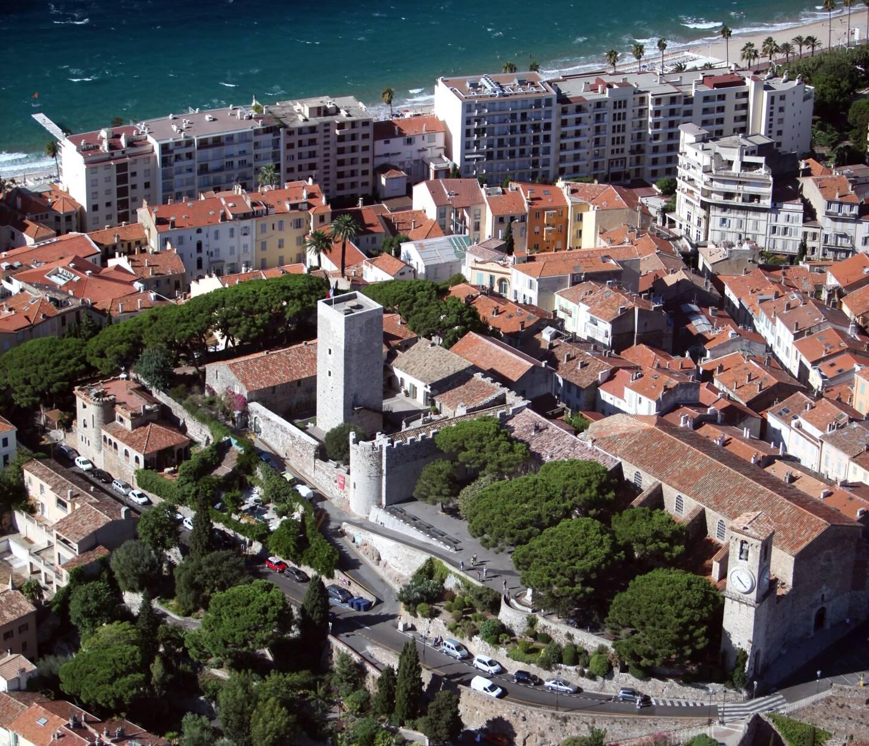 Vue aérienne de Cannes.