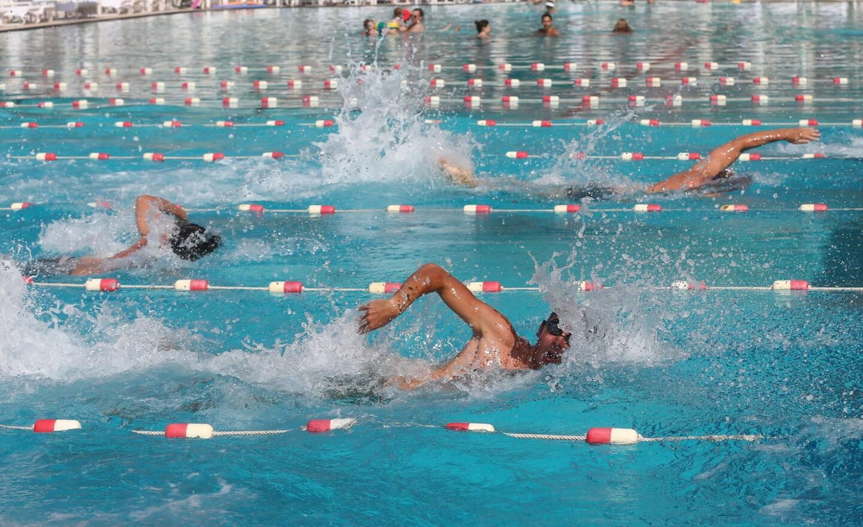 Les élus ont proposé la réouverture des piscines.