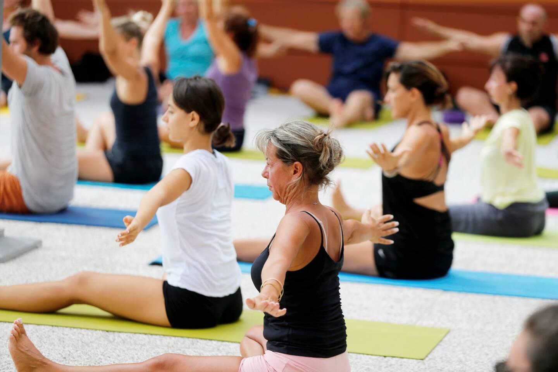 Pour ce gourou, le yoga a des vertus insoupconnées.