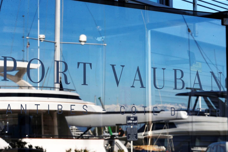Le port d'Antibes compte au total 1.652 places.