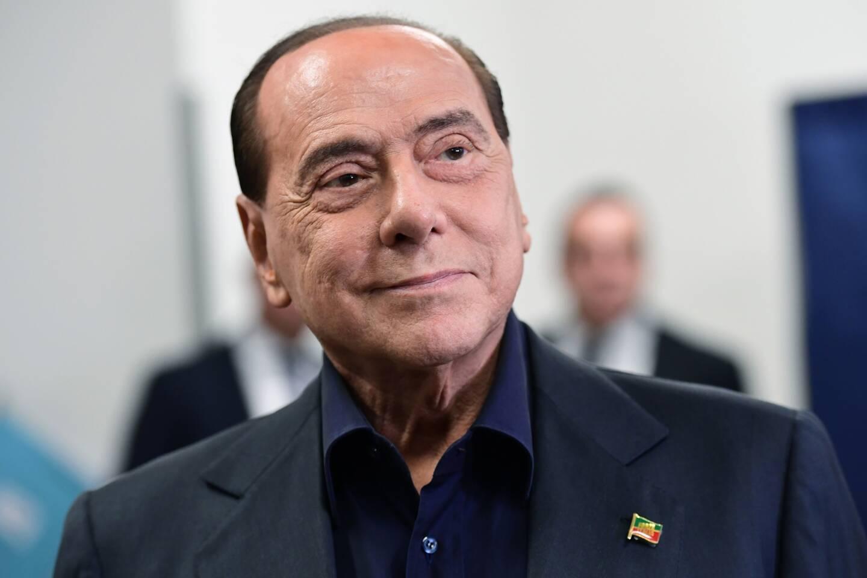 Silvio Berlusconi a aujourd'hui 84 ans.
