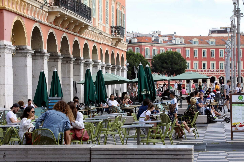 A compter de l'année prochaine, les terrasses chauffées seront interdites.