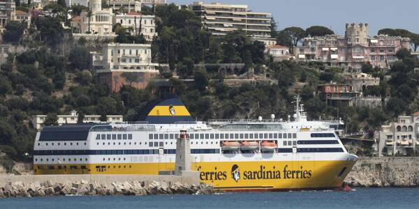 Un bateau de la Corsica Ferries à Nice. Illustration.