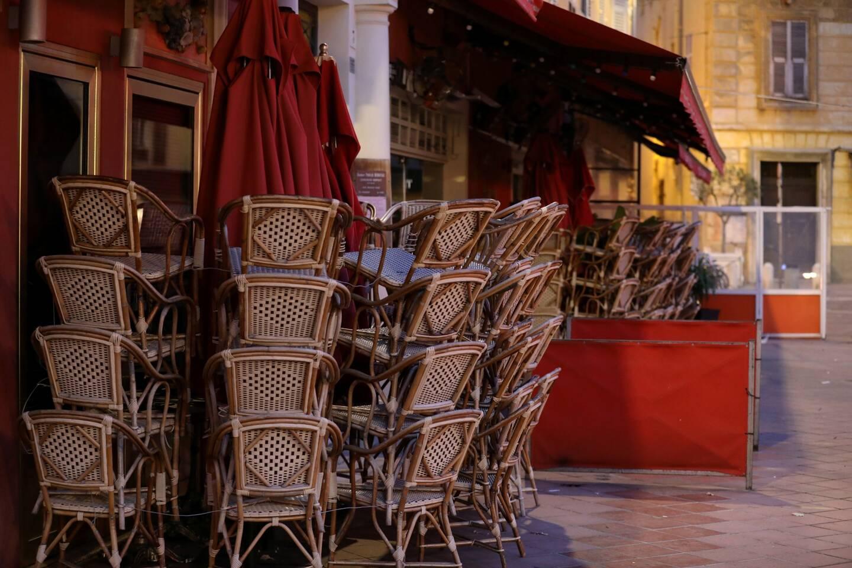 Les bars et restaurants en France ne devraient pas rouvrir en janvier 2021.