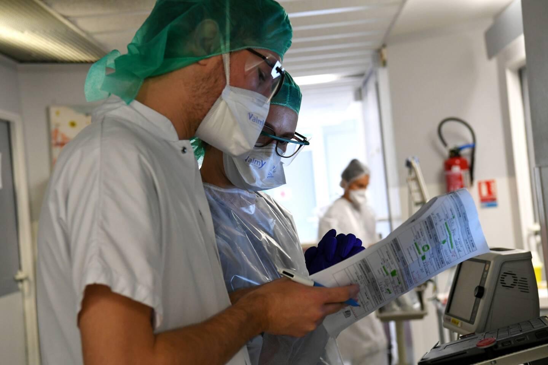 De manière générale les maladies transmissibles jouent un rôle plus important dans les pays pauvres, représentant six des 10 maladies les plus mortelles.