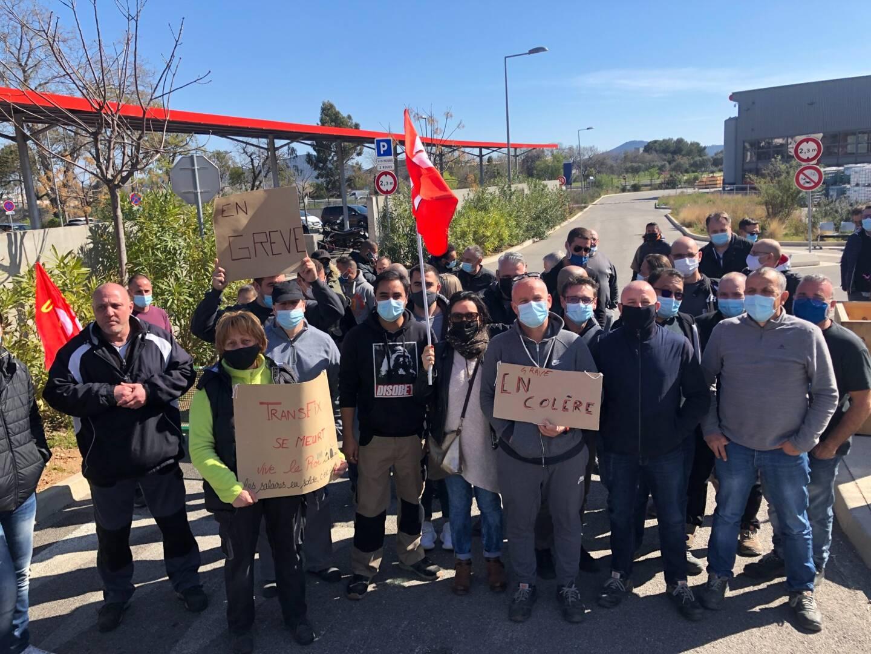 Les salariés de Transfix, en grève.