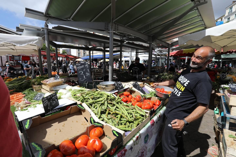 Huit marchés couverts et de plein air testés sur la métropole de Nice après comparaison de fruits et de légumes de saison. De grosses variations de prix, mais rien n'est définitif côté ardoise