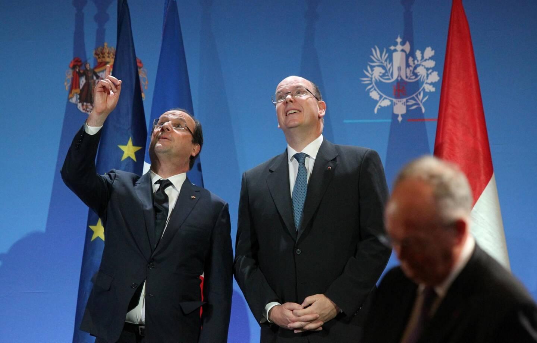 François Hollande et le Prince Albert II de Monaco, en 2013.
