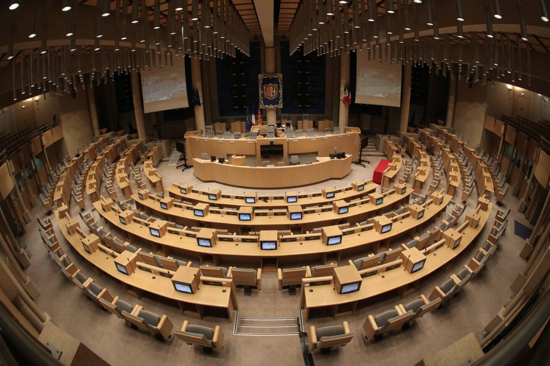 Le report des prochaines élections régionales doit être soumis au Sénat fin janvier.