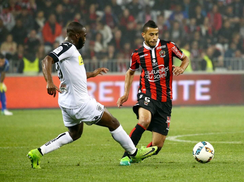 Younes Belhanda face à Angers en 2017.