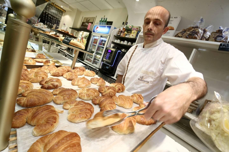 Frédéric Roy dans sa boulangerie, 78 rue de France, en 2017.