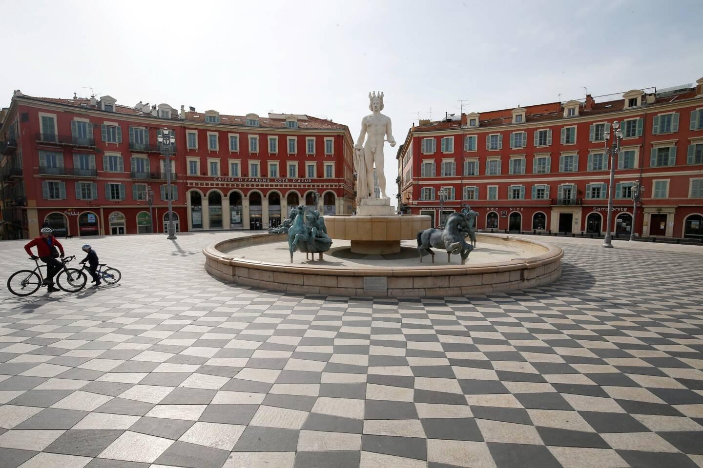 La place Masséna, à Nice, pendant le premier confinement.