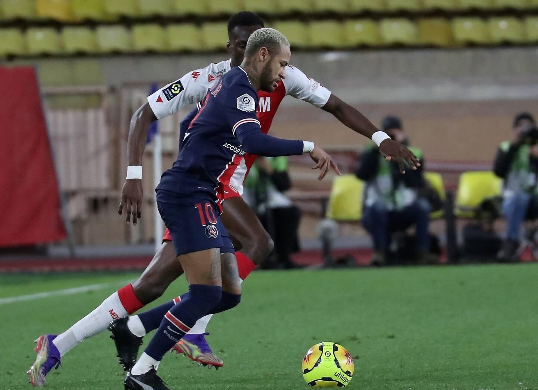 Présent mardi lors de l'entraînement de veille de match au Stade de France, Neymar (photo), comme Kimpembe, sont bien suspendus pour la finale de la Coupe de France.