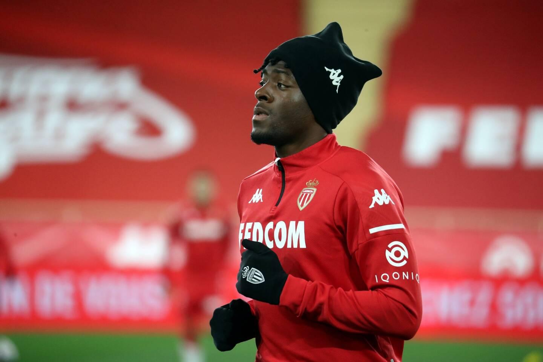 Axel Disasi est titulaire contre Paris.