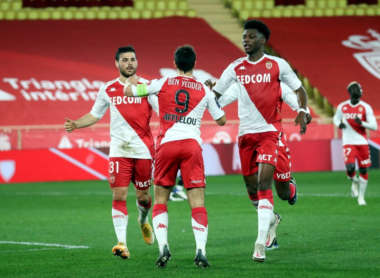 L'AS Monaco déploie une stratégie marketing à l'international et progresse sur le terrain.