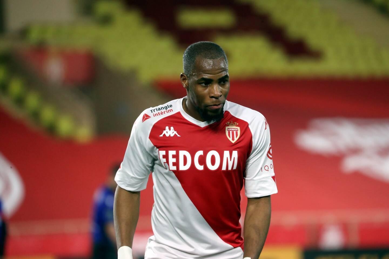 Djibril Sidibé retrouve une place de titulaire contre Strasbourg.