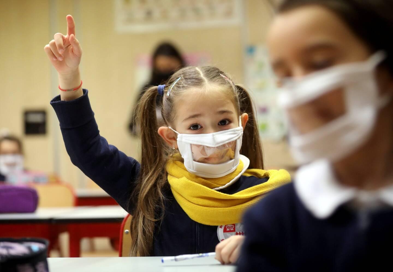 Tous les écoliers de Monaco vont continuer à étudier en présentiel.