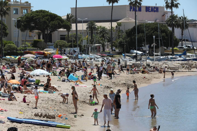 Une plage à Cannes, le 13 mai 2021.