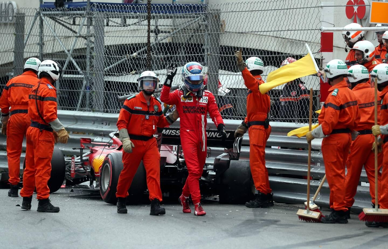 Charles Leclerc après son accident à Monaco.