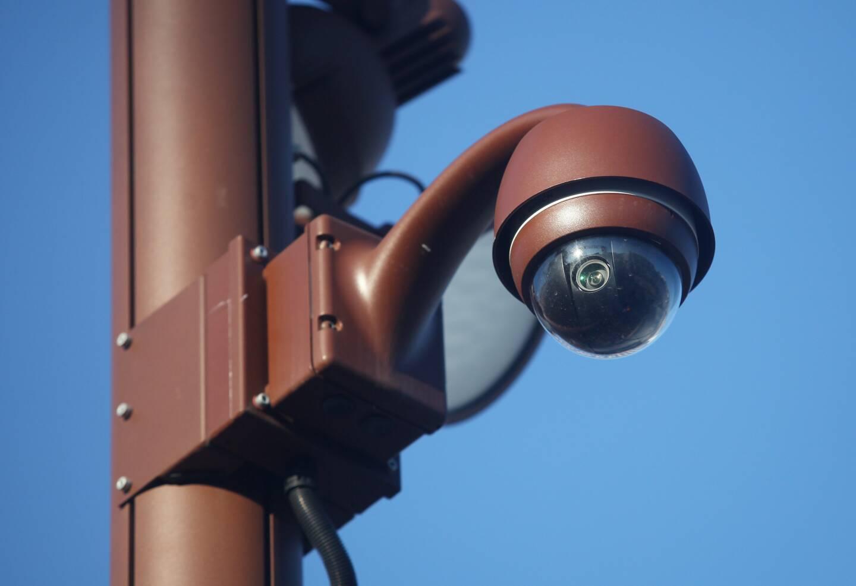 Les caméras de la Ville ont filmé une scène incroyable.