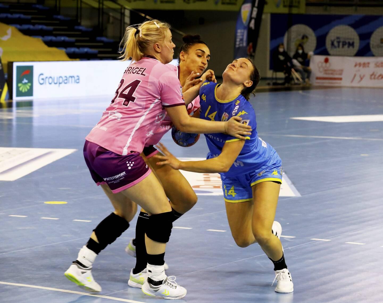 Berger-Wierzba et Toulon/Saint-Cyr se sont inclinés contre une solide équipe nantaise.