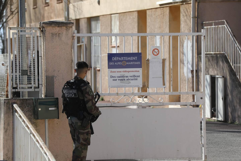 Gendarmes et pompiers étaient sur place, hier, au site d'hébergement Orméa de Sainte-Agnès.