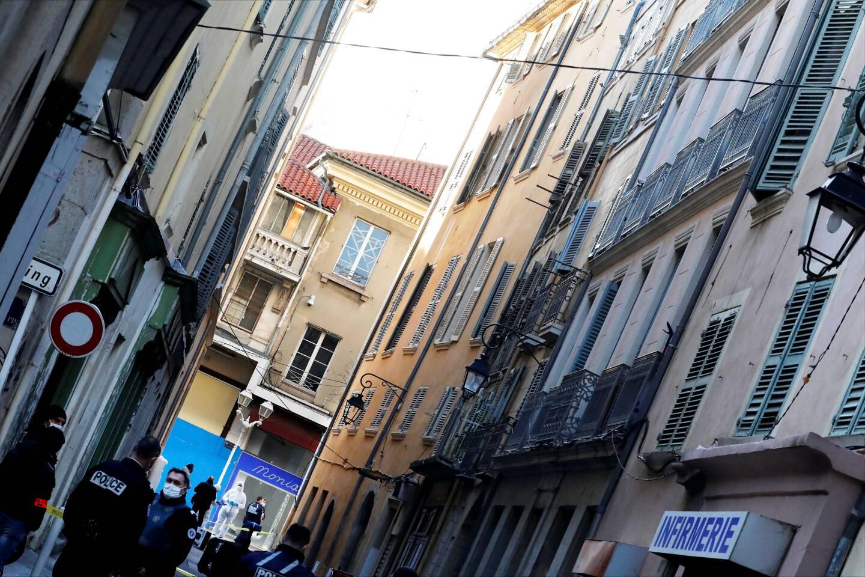 La vie de Jean-Luc, sans domicile fixe de 56 ans, s'est arrêtée le 1er février dans un appartement du centre ancien de Toulon.