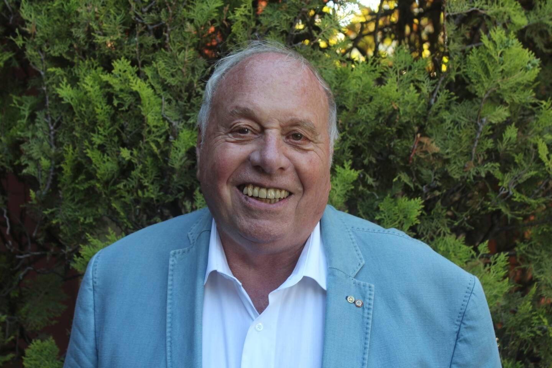 Le conseiller municipal Patrick Cottier est décédé. C'est Claudine Turrini qui l'a remplacé lors du premier conseil municipal en son absence.