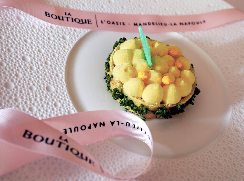 À la boutique de l'Oasis à Mandelieu, on put déguster la tartelette Mimosa à partir de ce mardi, et jusqu'au 25 février.