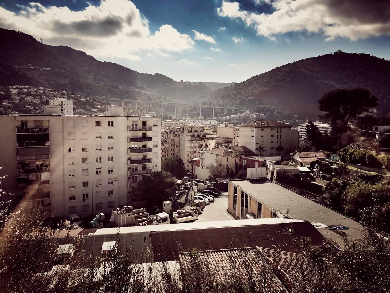 Les voyants sanitaires sont au rouge dans le quartier de L'Ariane.