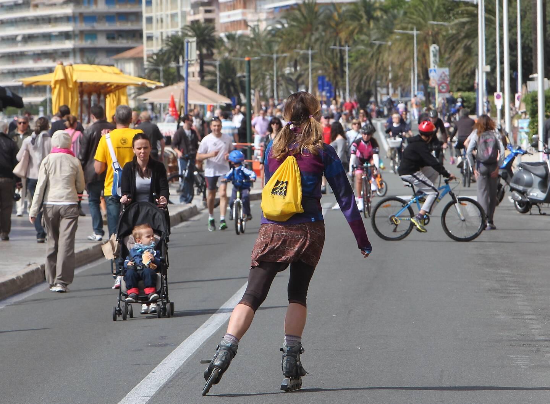 Dès ce dimanche, des stands marchands seront présents sur la Promenade du Soleil.