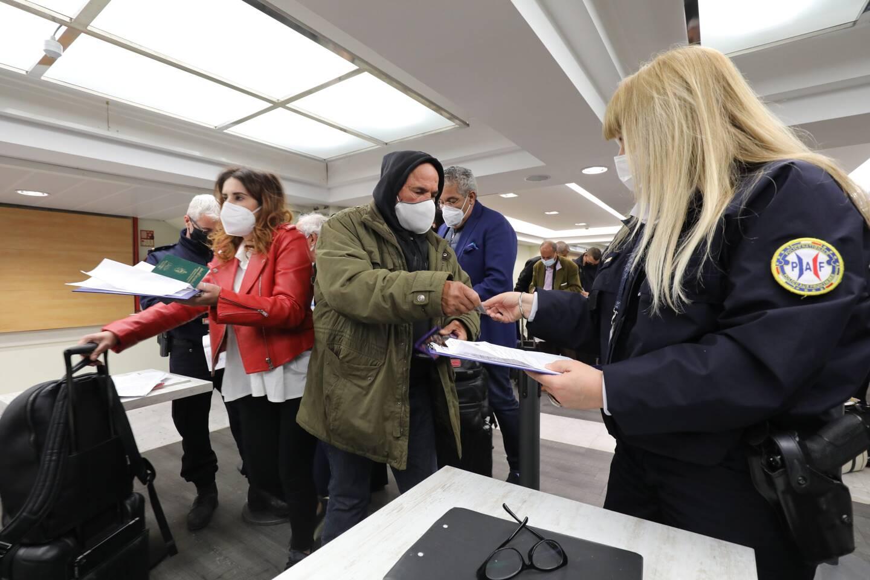 Les passagers du vol Tunisair, à destination de Nice, lundi soir, ont été contrôles par la Police aux frontières.