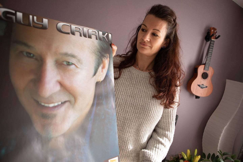 Sandra, son épouse, gardera de lui le vibrant souvenir d'un homme généreux, attendrissant, touche-à-tout, qui aura tout donné pour la musique.