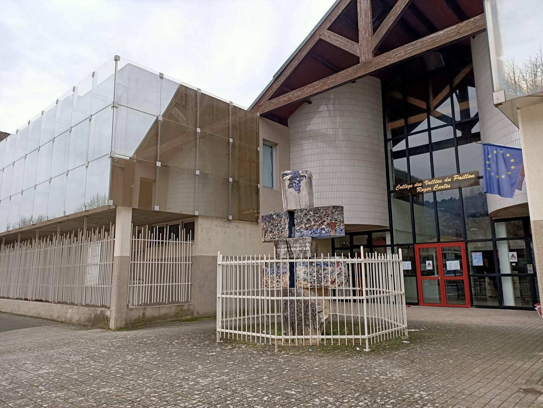 À en croire les chiffres et les élus, le collège de Contes, en sureffectif, ne suffit plus. Le maire a demandé l'étude d'un troisième établissement dans le pays des Paillons.
