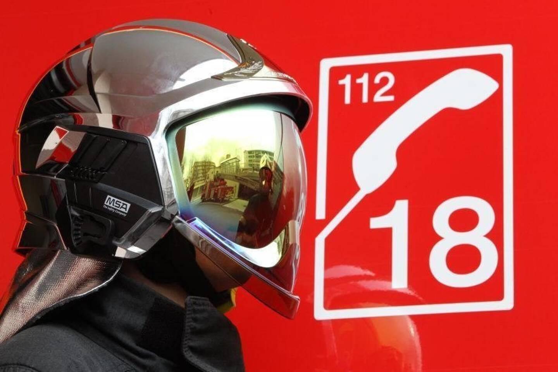 Vingt-quatre sapeurs pompiers ont été mobilisés sur cette intervention. (Photo S.B.)