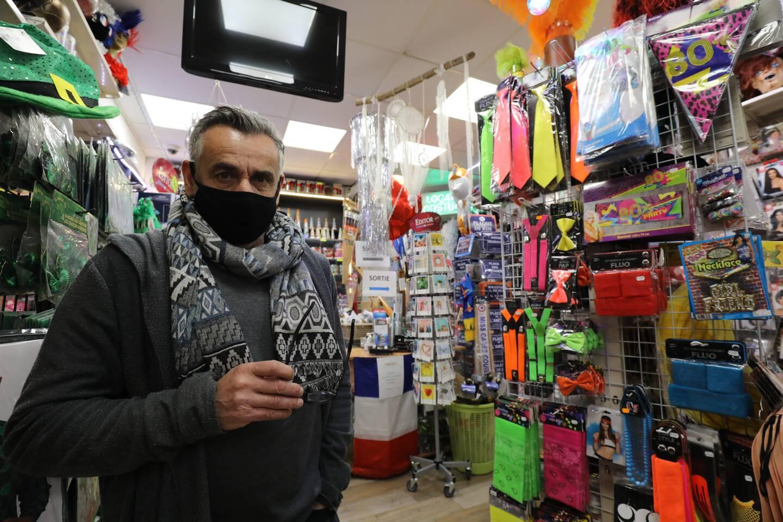 Le magasinde Frédéric Miniere subit une baisse de 70% de chiffre d'affaires depuis un an.