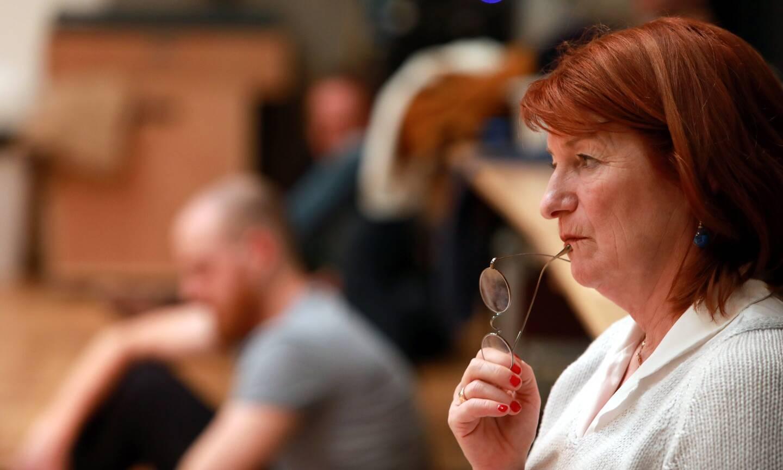 La directrice du TNN plaide pour le retour des élèves, en petit nombre, au théâtre.