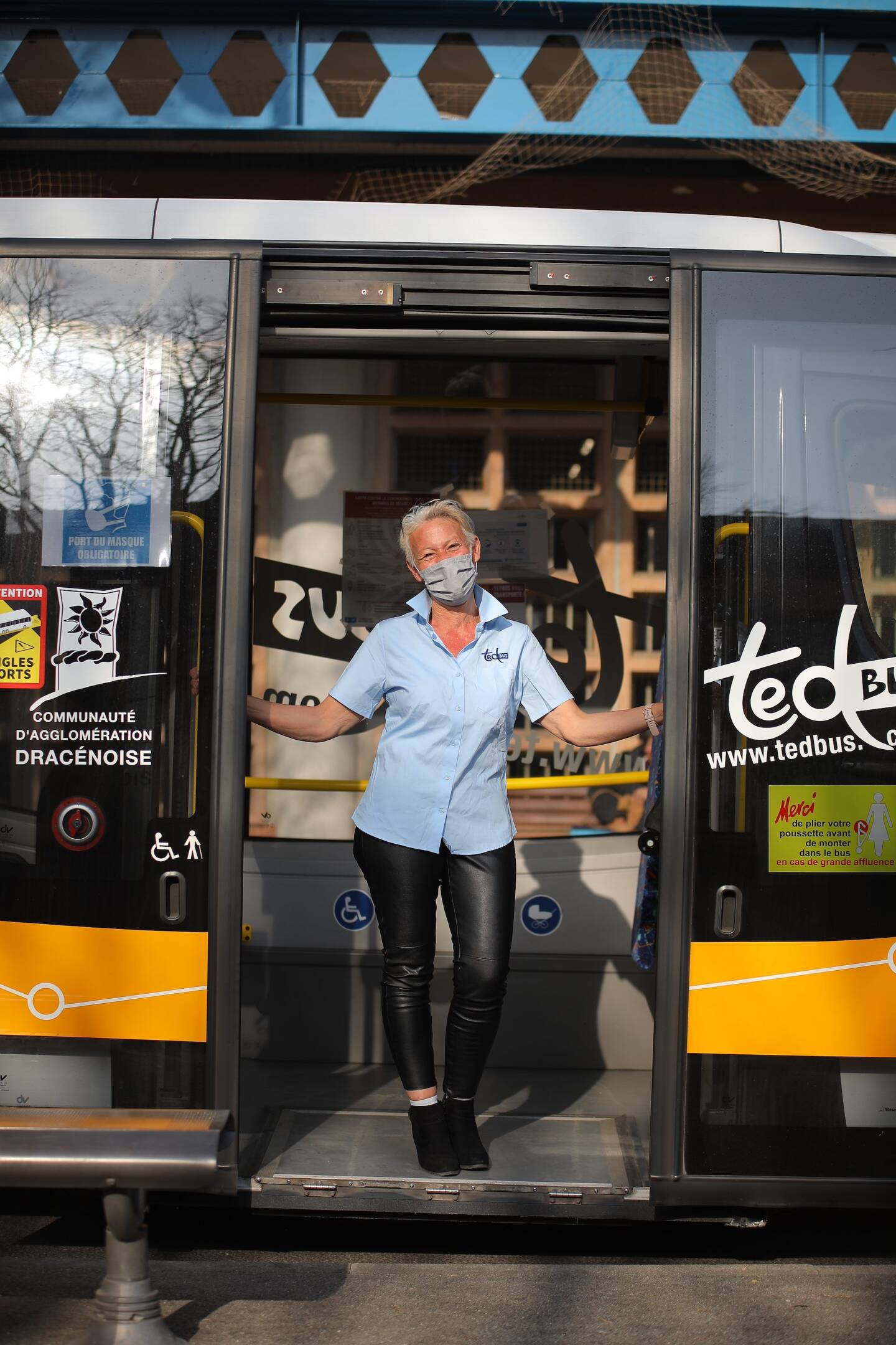Pascale Hermelin, conductrice de bus.